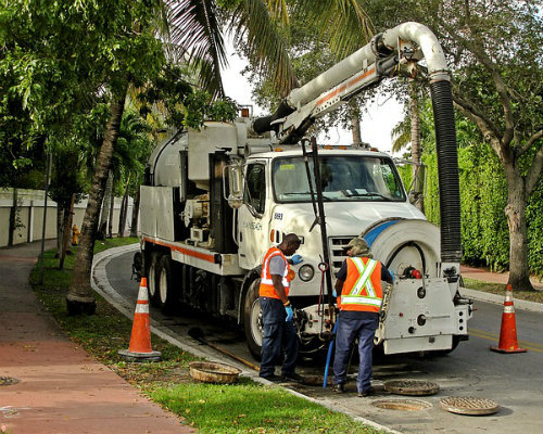 Signs Your Sewer Line Is In Trouble